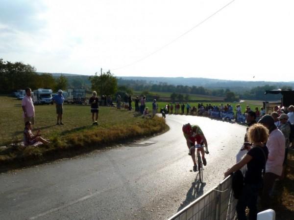 16:29 Uhr - Nico Boldt beim Charity Bike Cup 2011 am Ende der Runde 4