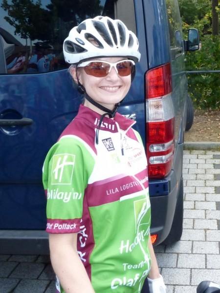 Redaktionskücken Claudia beim Charity Bike Cup 2011